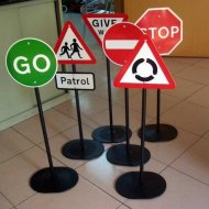 Toy_Road_Signs